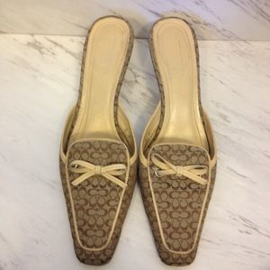 Coach Marielle monogram kitten heels